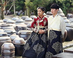 Wear a Hanbok and Travel Korea (Hanbok Rental at Hanboknam)